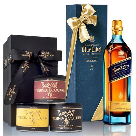 best johnnie walker whiskey johnnie walker blue label blended scotch whisky gift set