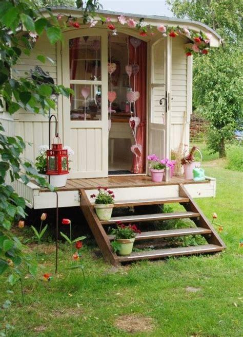 backyard guest room 20 ไอเด ยแบบบ านหล งเล กในสวนหล งบ าน ช ลไปไหน