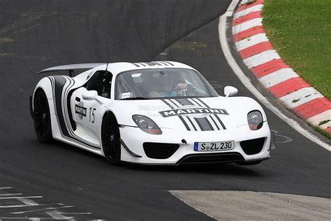 porsche racing colors spyshots porsche 918 spyder in racing stripes