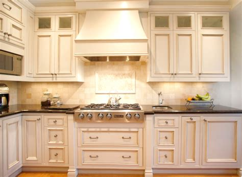 Kitchen Range Hood Ideas Kitchen With Range Hood Kitchen Showroom Muskybay Millwork