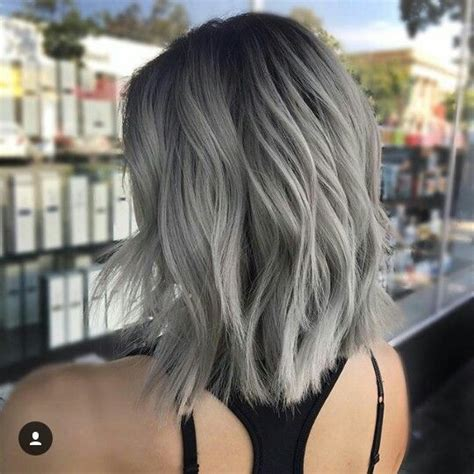 tintes de cabello color gris 17 mejores ideas sobre pelo gris corto en pinterest