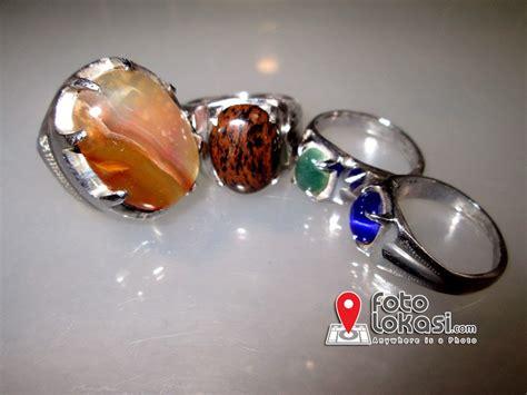 Jual Batu Cincin pasar rawa bening berbagai jenis batu perhiasan di mall