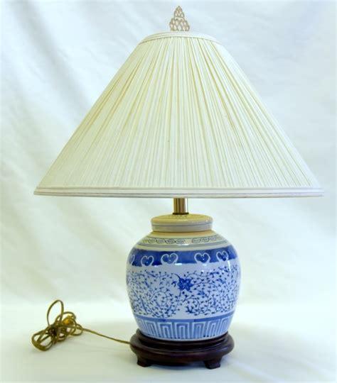 Blue White Porcelain L On Wooden Pierced Base