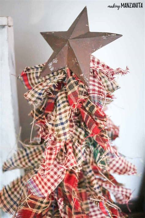 primitive christmas crafts to make how to make primitive mini trees with homespun fabric