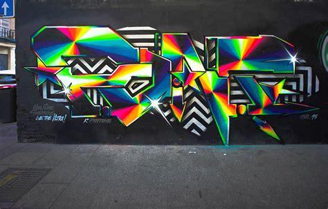 bling bling graffiti  felipe pantone scene