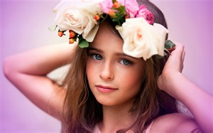 Cute child flowers wallpapers hd wallpapers