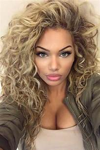 best hairstyle for a 66 year 25 best ideas about layered curly hairstyles on pinterest