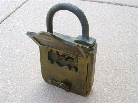 gros cadenas à code as 25 melhores ideias de padlocks no chave e