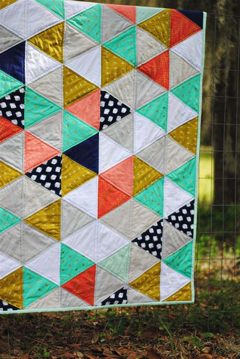 Triangle Patchwork Quilt Patterns - best 25 triangle quilt pattern ideas on baby