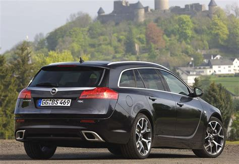 photos of opel insignia 2 8 v6 turbo sports tourer 4x4