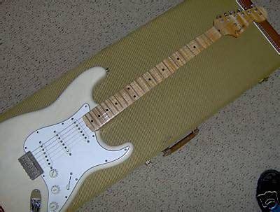 Gitar Fender Stratocaster 110 a strat for friday 110 fender custom shop 56