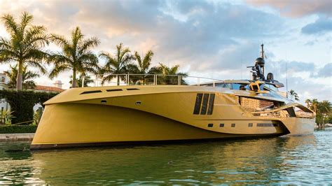yacht khalilah on board khalilah the first all carbon 49m superyacht