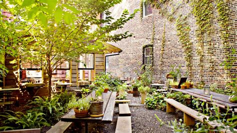 Restaurants With Gardens Nyc by Nyc Garden Restaurants Dining In A Secret Oasis Am New York