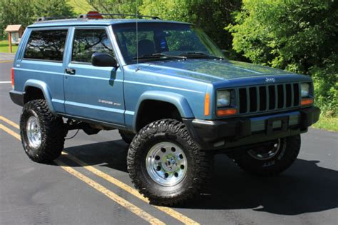 blue jeep 2 door 1999 jeep sport xj 2 door blue 4x4 lifted