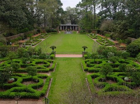 Longvue Gardens by Longue Vue Gardens