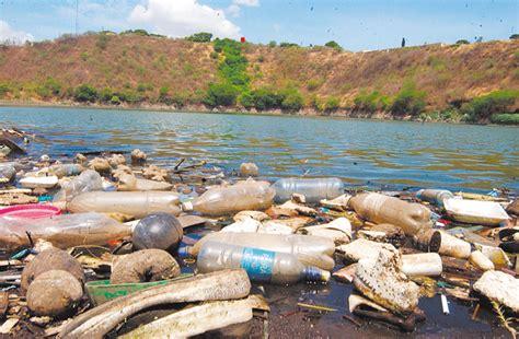 las aguas de la aguas contaminadas amenazan salud de 300 millones de personas