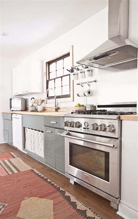 our favorite classic kitchens design sponge