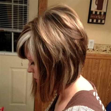 medium lentgh hair with highlights and low lights highlights and lowlights for medium length hair