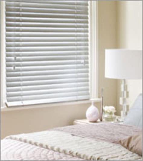 bedroom venetian blinds venetian blinds made to measure trade blinds