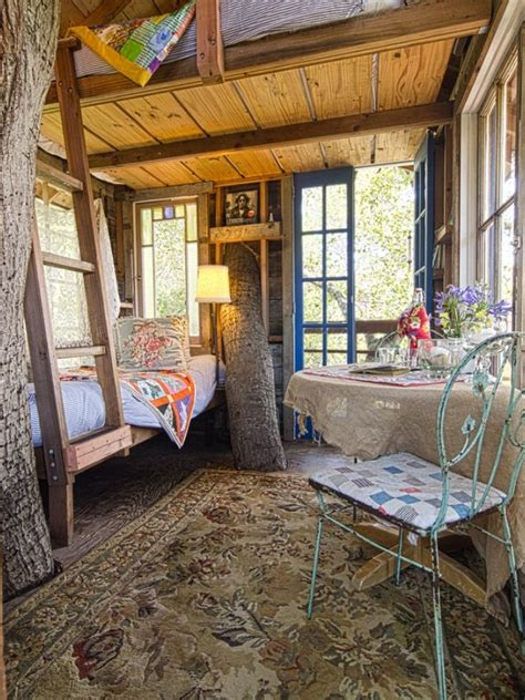 treehouse bedroom inside tree house small abodes