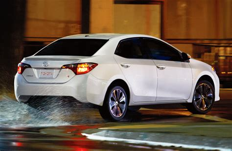 How Many Per Gallon Does A Toyota Corolla Get New How Many Gallons Does The 2015 Corolla Release Reviews