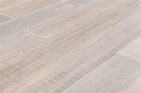 FREE Samples: Yanchi Bamboo   Sawn Mark Strand Woven
