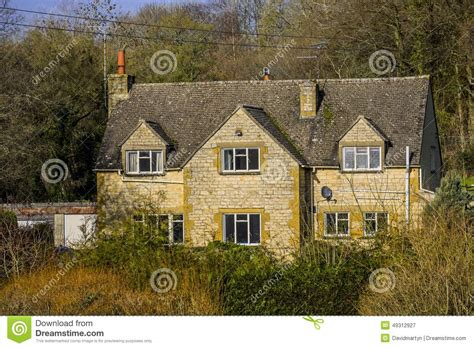 traditional cottage style homes cotswold cottage style cotswold cottage stock photo image 49312927
