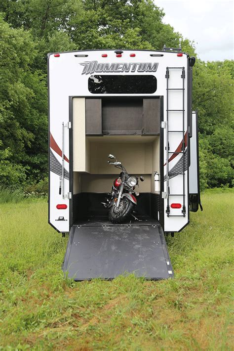 Trailer With Garage by Any Haukers Out There Travel Trailer Escapees