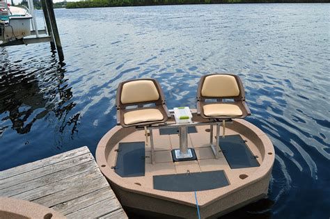 new round boat roundabout now available with two seats