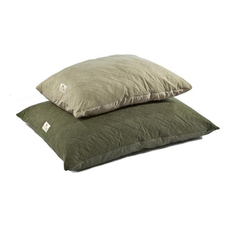 dog pillow bed sporting dog solutions large pillow bed with driwik 162670 kennels beds at