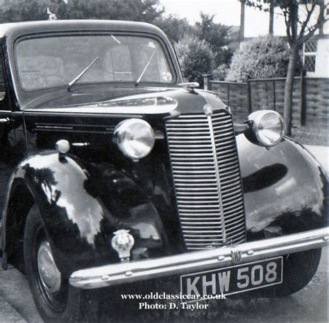 vauxhall car 1940 1930s vauxhall 10 12 saloon car pictures