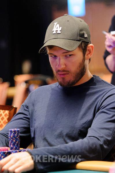 joe cassidy   eliminated  ronnie bardah  world series  poker pokernews