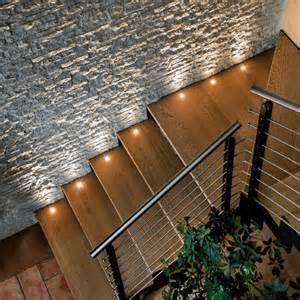 treppenaufgang beleuchtung 220 ber 1 000 ideen zu treppenbeleuchtung led auf