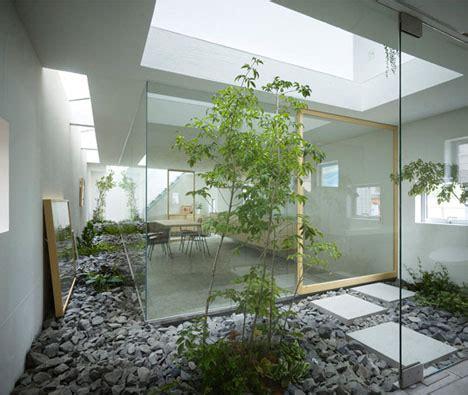 japanese home  modern atrium designs ideas  dornob