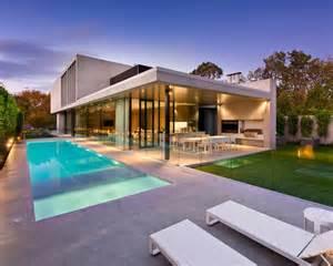 modern pool design ideas remodels amp photos 30 foto di piscine stupende dal design moderno