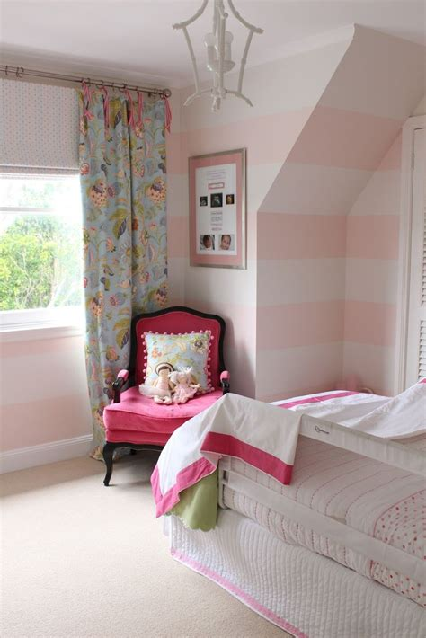 pink and white striped bedroom walls best 25 pink striped walls ideas on pinterest turquoise