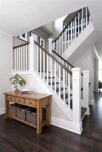 Stair Banister And Railings by Best 25 Entryway Stairs Ideas On Banisters