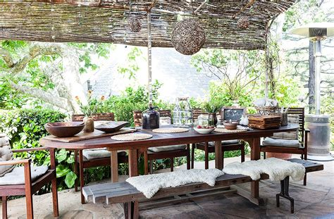 Outdoor Dining Room Ideas The Best Decorating Ideas For Your Outdoor Dining Space