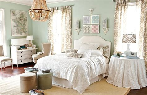 Ideas To Decorate A Bedroom by Bedroom Decorating Ideas How To Decorate