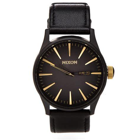 nixon sentry leather matte black gold