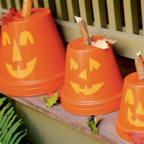40 easy to make diy halloween decor ideas diy home things 40 easy to make diy halloween decor ideas page 4 of 4