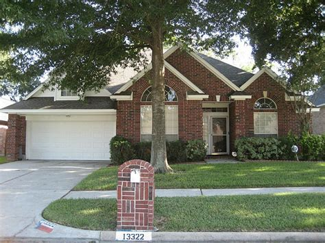 houses for rent in houston tx top homes for rent in texas on homes for rent in houston tx 77015 13322 redgate drive