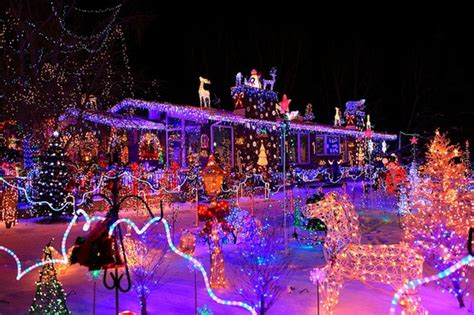 christmas lights ideas for outside house a collection of pinterest outside house christmas lights decorating photo ideas