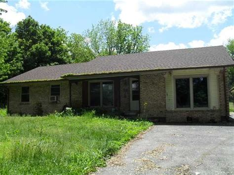 houses for sale mooresville indiana 5 e state road 42 mooresville indiana 46158 foreclosed home information