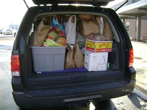quakertown food pantry coldwell banker heritage gives back merry