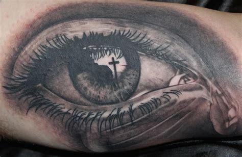 tattoo cross eye realism eye by tony adamson tattoonow