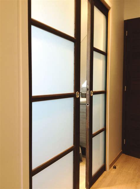 transformer porte battante en porte coulissante installation porte int 233 rieure devis installation de