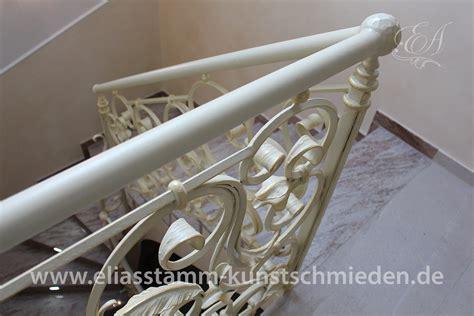 exklusive geschmiedete treppen in handarbeit aus natur stahl