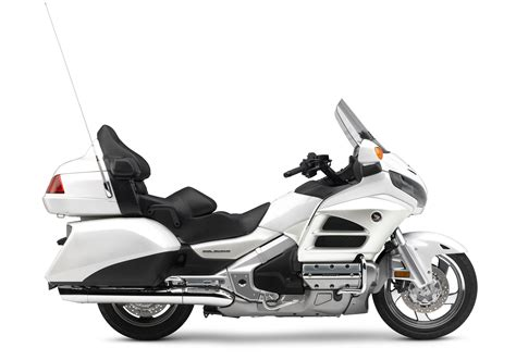 Honda Motorrad Goldwing by 2017 Honda Gold Wing Review