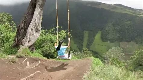 swing at the end of the world in banos ecuador swing at at the end of the world youtube